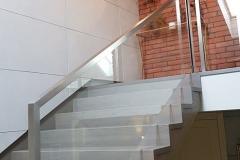 klatka-schodowa-płyty-betonowe-beton-naturalny-jasno-szary-pmdesign-1